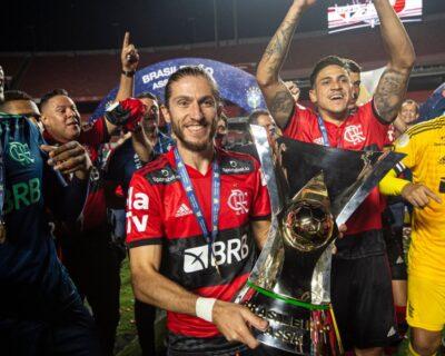 Entre bons e maus momentos, Flamengo confirma o bi