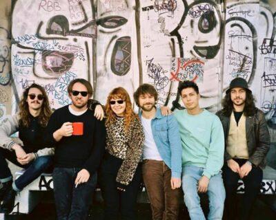 Músicas & Músicos: Goca Dünya de Altin Gün