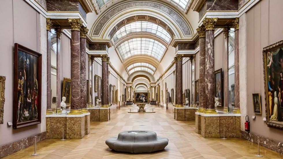O acervo do Louvre ao alcance de todos