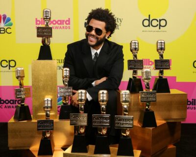 The Weeknd dá a volta por cima: os 10 troféus do cantor na Billboard Music Awards 2021 são uma contestação ao Grammy